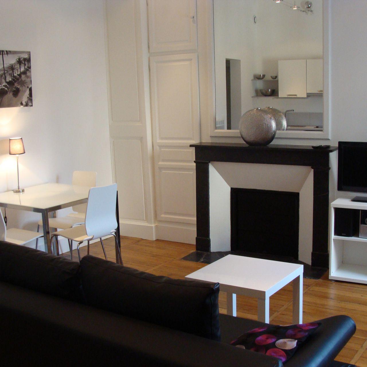Furnished Apartment: Institut De Touraine